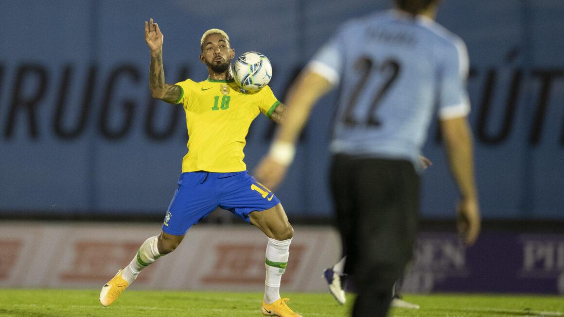 บราซิลเครื่องร้อน ยังดุอย่างต่อเนื่องบุกเอาชนะอุรุกวัย 2-0