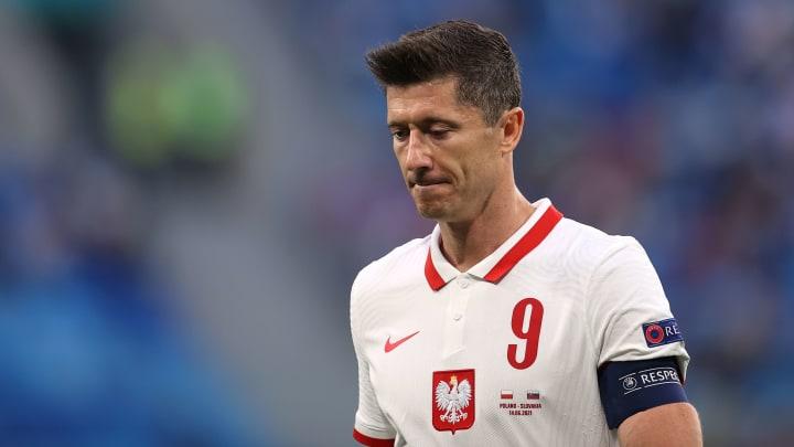 เลวานเซ็ง ใบแดงเพื่อนร่วมทีมทำให้ทีมพ่ายสโลวาเกีย